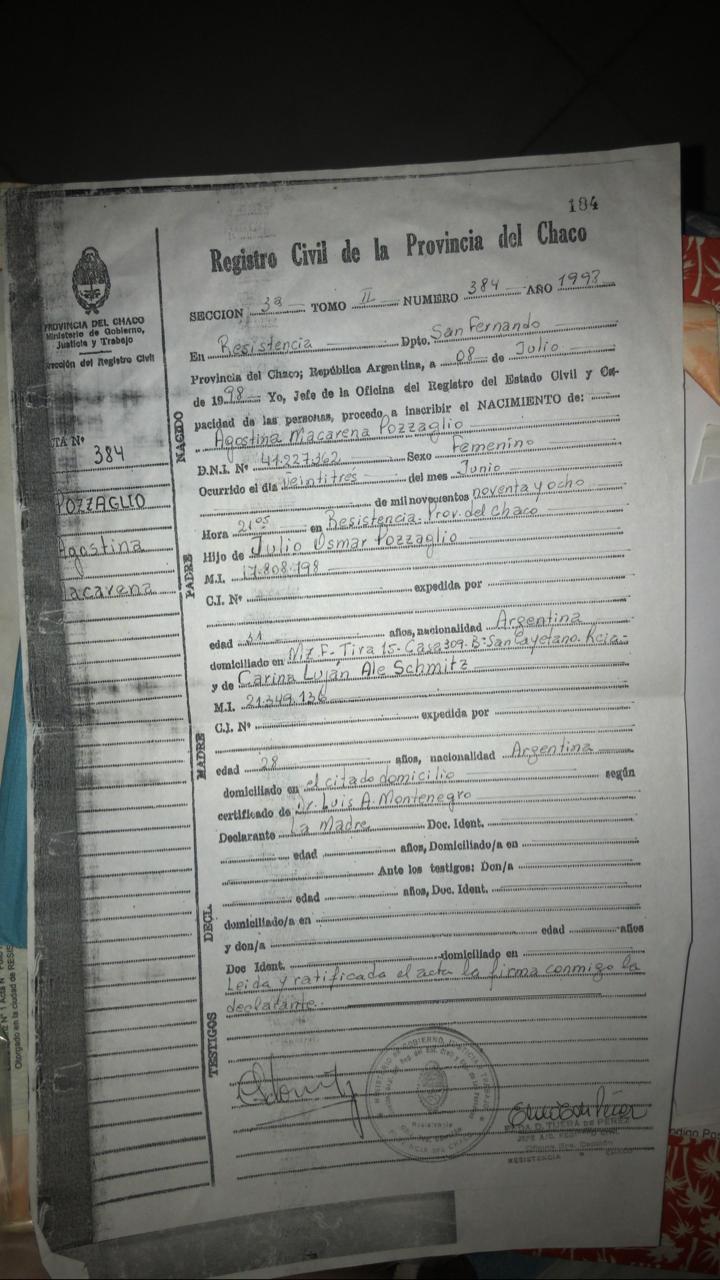 Imagen de acta o certificado de nacimiento.
